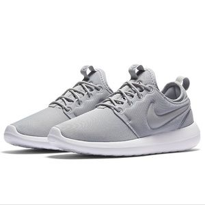 1ee84efbf7ed6 Women s Nike Roshe Shoes